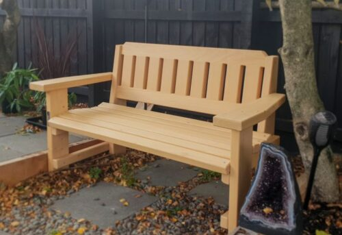 Curved Luv Seat
