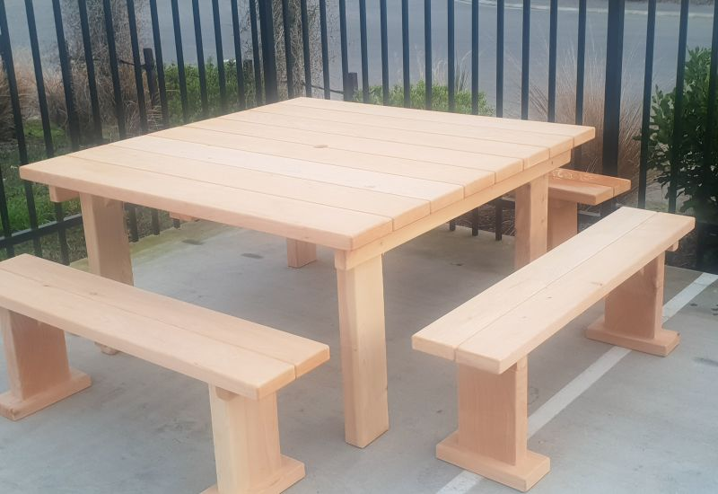 1.5x1.5m Table
